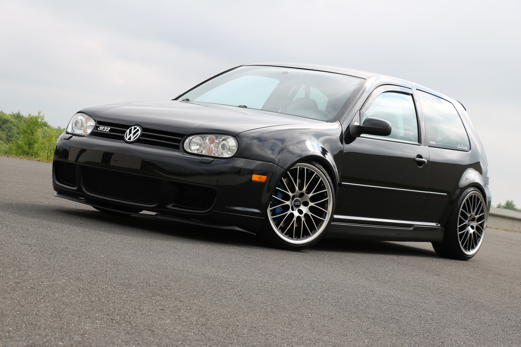 2002 vw golf 4 r32 ausfahrt tv tuning s01 e09. Black Bedroom Furniture Sets. Home Design Ideas